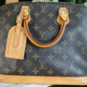 💜Sold💜Louis Vuitton Alma Pm
